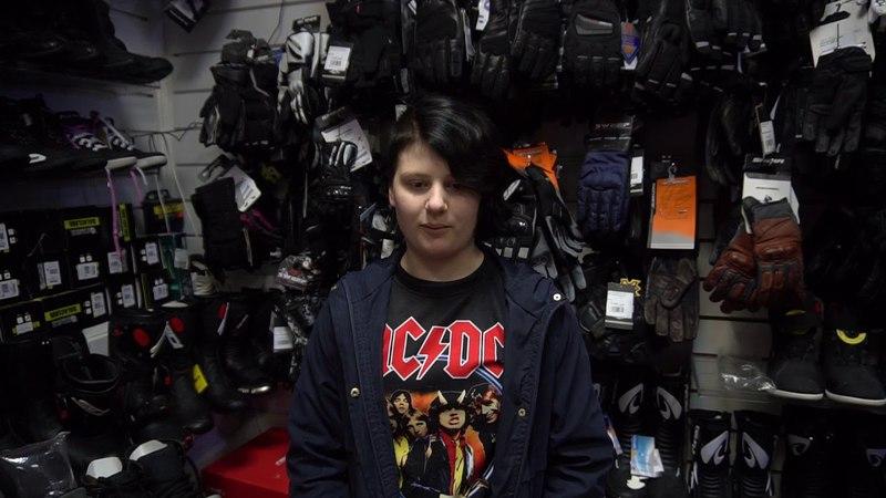 Отзыв Дарьи о покупке мотошлема в магазине мотоэкипа FlipUp.ru