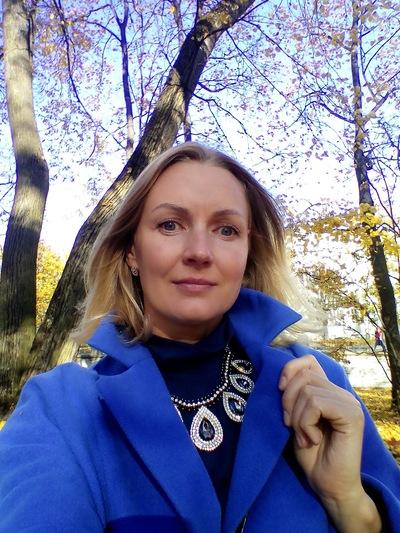 Лена Толмачева