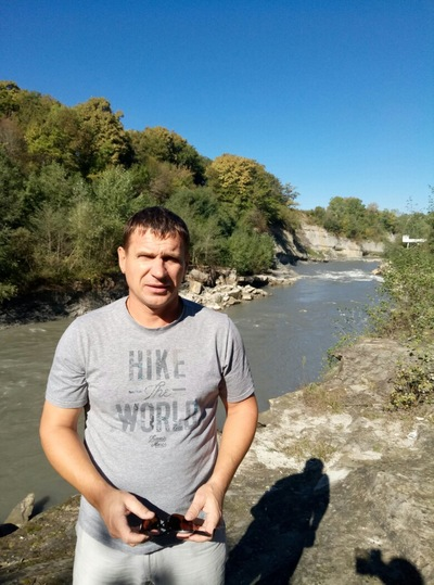 Игорь Устинов