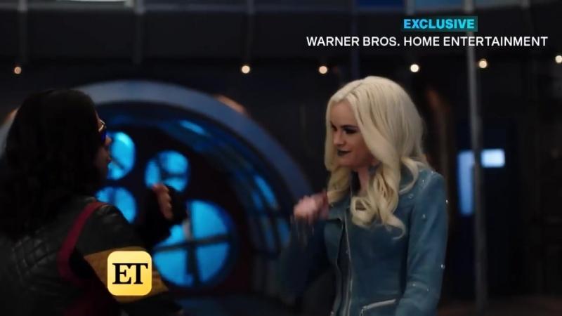 The Flash Season 4 Gag Reel-All Bloopers 2
