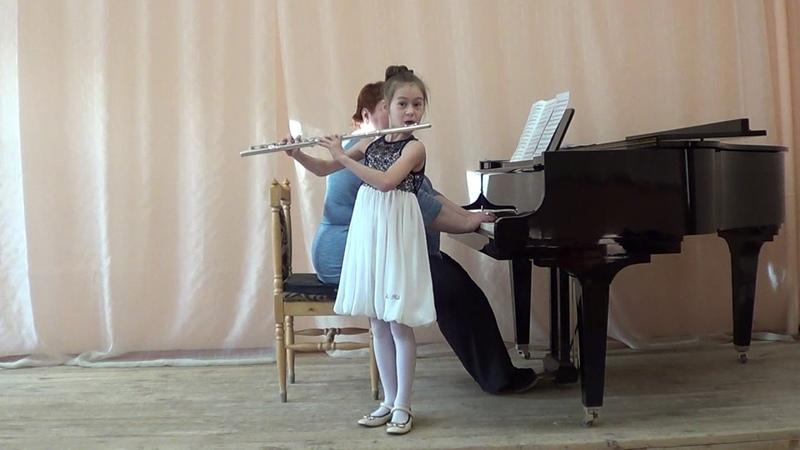 Звёздочки Лигуэ Лена, 7 лет Ц Кюи Песенка Ю Должиков Полька из Русской сюиты