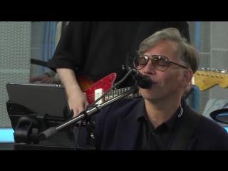 Мумий Тролль вживую спели песню Девочка (#LIVE Авторадио)