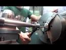 Токибана Нарезаю резьбу метчиком на никелевых фланцах