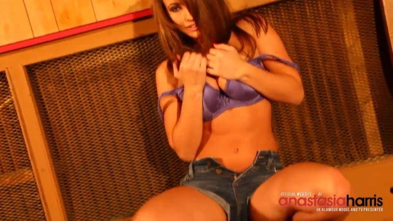 All natural tits - Anastasia Harris striptease 38