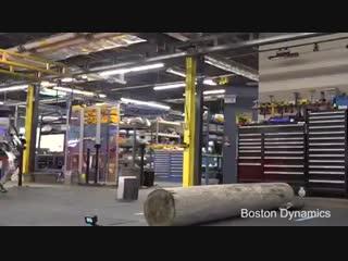 Робот паркурщик