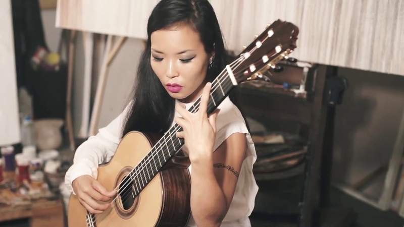 Aquarelle (Sergio Assad) played by Thu Le, classical guitarist