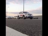 Первые автомобили на Крымском мосту