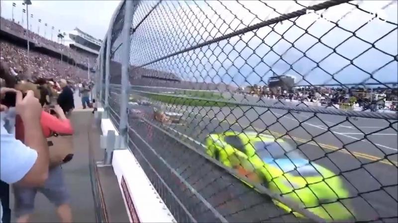 NASCAR , НЕРЕАЛЬНАЯ СКОРОСТЬ