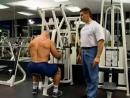 Мышцы спины Тяга в тренажере имитирующем греблю