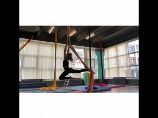 Alecia Fox/Alice Man stretching and aerial silks