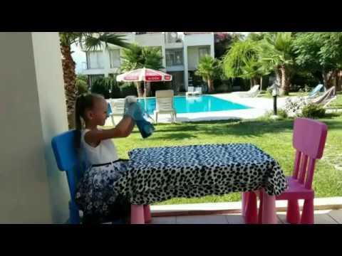 Обзор куклы Monster High - Дракулаура Летучая Мышь - Видео для девочек Video For Kids Toys And Milli