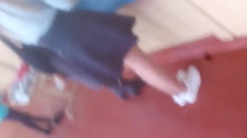 Под юбкой одноклассницы (вписали,школа,школьница, попа, попка, девушка, не секс, не цп, не порно, не инцест, трусики)