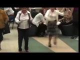 Группа Ажур-тужур Все танцуют под зажигательный хит