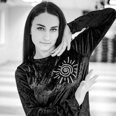 Алёна Суховеева