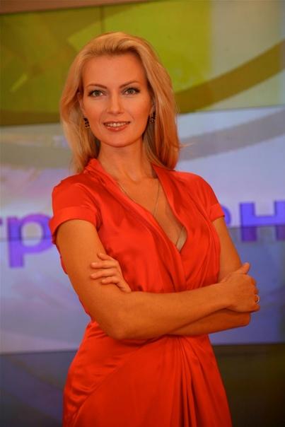 Алёна Горенко. Елена (Алёна) Владимировна Горенко (родилась 7 мая 1981 года в г. Мытищи, Московская область) - российская телеведущая и актриса. Биография. Детство и юность. Детство было