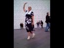 Вечером у Ельцин Центр вечер танцев.