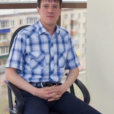 Денис Грушников