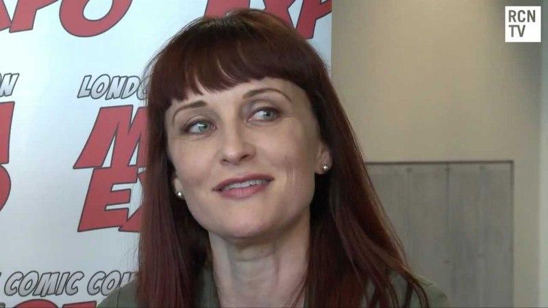 Mass Effect: Ali Hillis (Лиара) Courtenay Taylor (Джек)