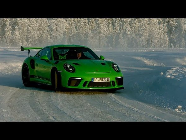 Driving the GT3 RS on an ice-covered circuit in Finland.