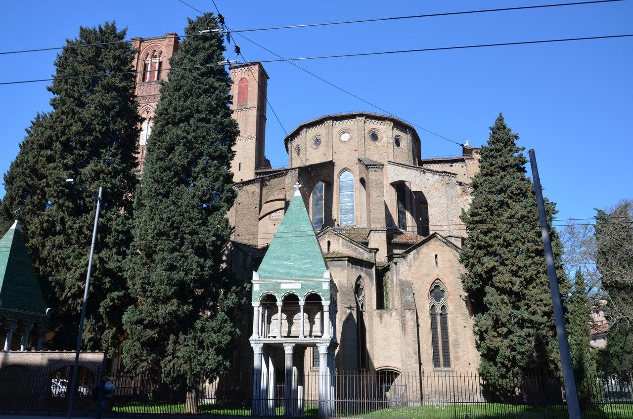 kgfNeahxzsk Болонья -«кулинарная столица» Италии.