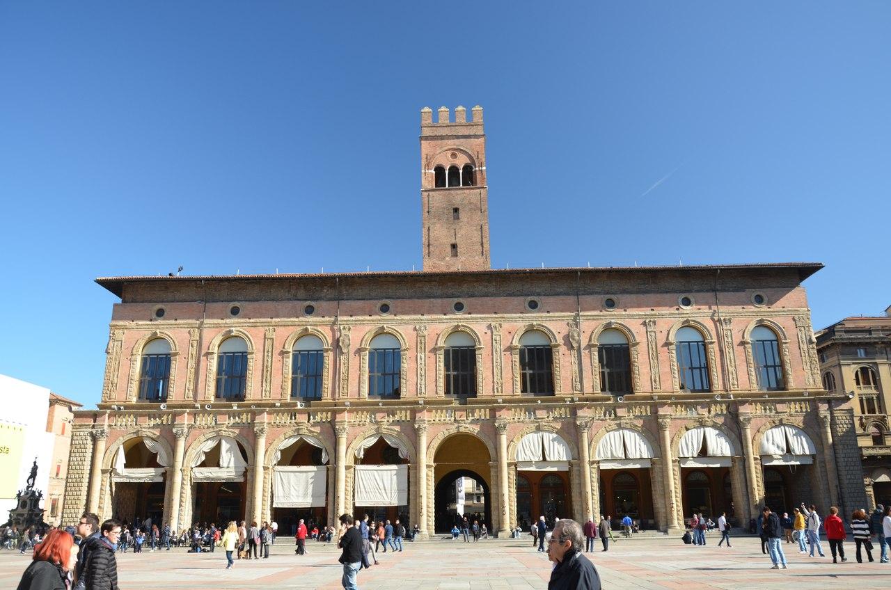 XKW9lgVMBVg Болонья -«кулинарная столица» Италии.
