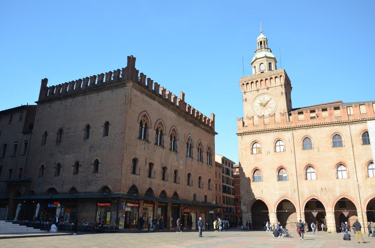 vTdS2-ZcT1w Болонья -«кулинарная столица» Италии.