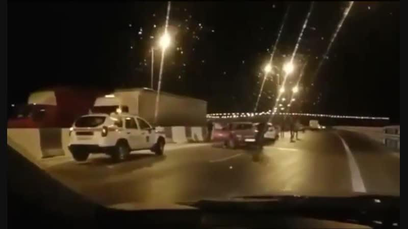 Керченский мост. Первые дни похолодания стали настоящим испытанием для Крымского моста. Массовые ДТП. Суровые январь и феврал