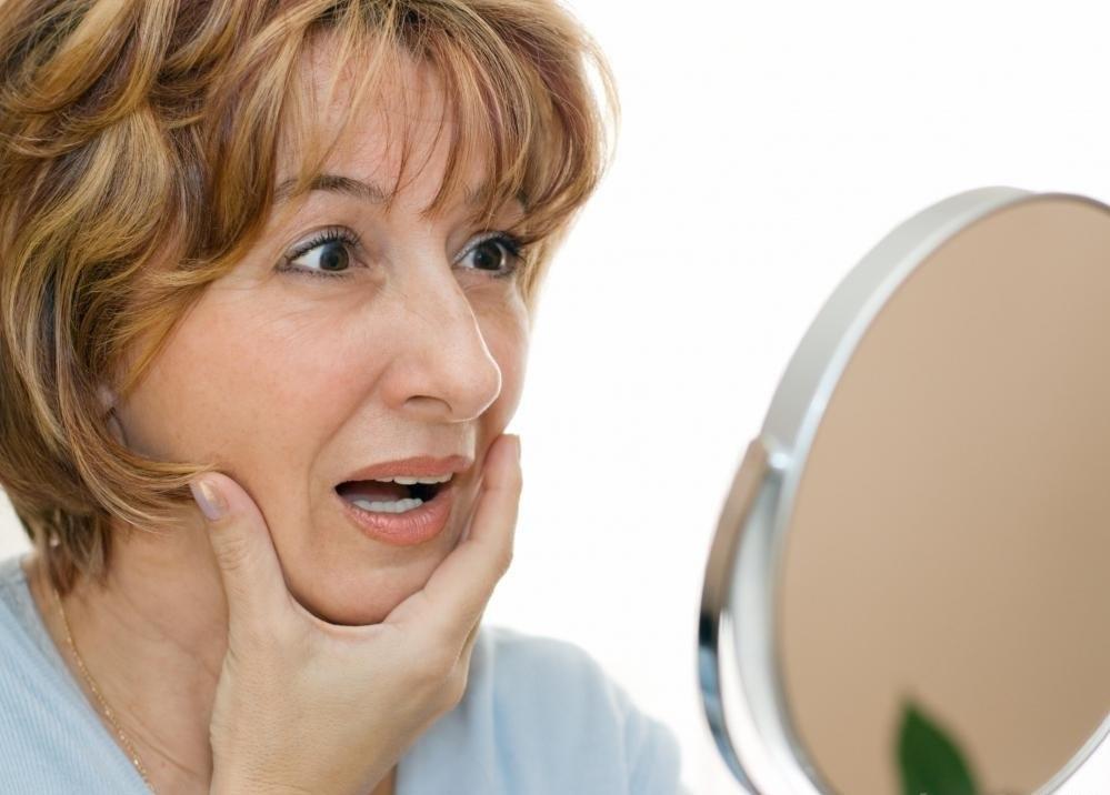 Лифтинговые лицевые сыворотки предназначены для гладкой кожи.