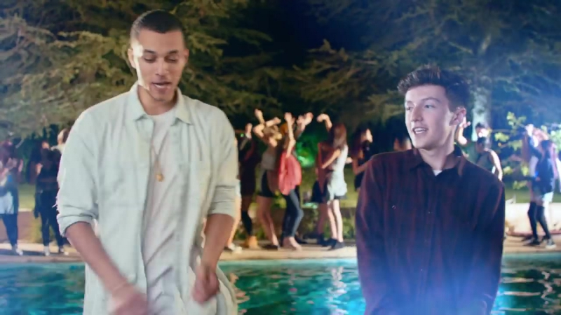 Kalin_And_Myles_Brokenhearted_official_Video