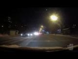 Пешеход подходит быстрым шагом к пешеходному и переходит дорогу,это я уже в зеркало увидел.