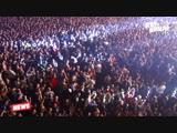 Рок-группа Louna стоит в планке перед концертом