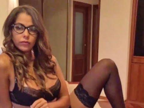Elena Berkova Former porn star running against Putin wants death penalty for sexual harassers