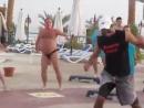 танцуй как этот парень! это же шедевр