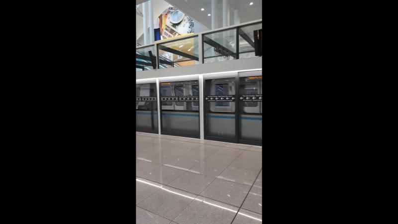 Мюнхен. Аэропорт. Из Терминала 1 в Терминал 2 на подземном шатле