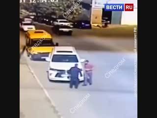В Дагестане глава районного отделения ГИБДД избил водителя на дороге