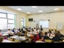 Казахстанским школьницам в платках запретили входить в школу mp4