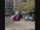 Пенсионеры жрут просрочку из пятерочки в Липецке,(Подслушано Липецк)