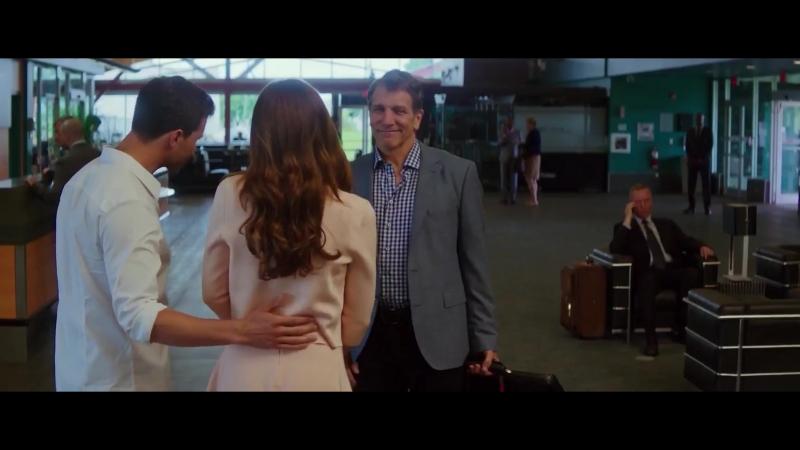 Вырезанная сцена из фильма Пятьдесят оттенков свободы Ана и Кристиан встречают бывшего мужа Элены