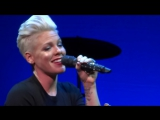 P!nk - Time After Time (Cyndi Lauper &amp Friends Home For The Holidays 2013)