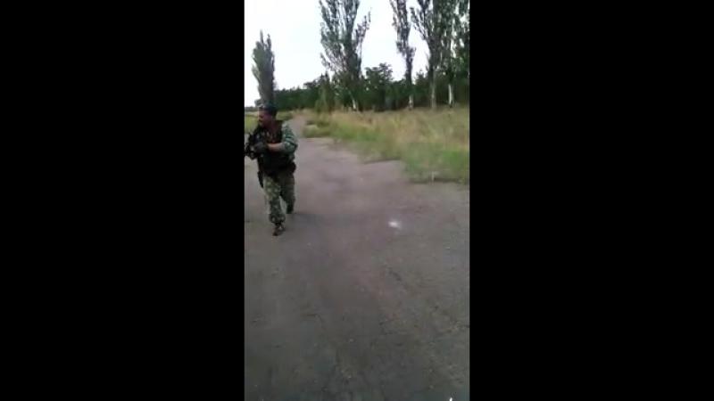 КСОВД Грабское 13 августа 2014 13-40. Стрельба по ВСУшным БМП