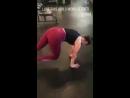 Nina Dobrev dans une salle de sport à Los Angeles hier (2)