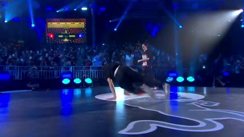 Alcolil vs Lilou - Battle 4 - Red Bull BC One World Final 2014 Paris_HIGH.mp4