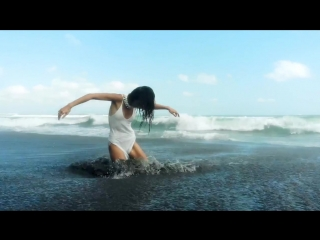 Deniz Reno - Fly (Anton Ishutin Remix)