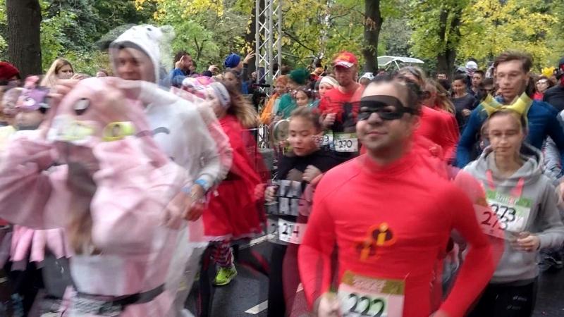 Третий Супергеройский забег прошел в парке Сокольники