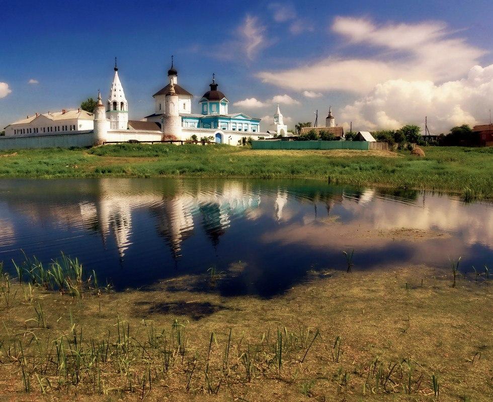 Достопримечательности Коломны: Богородице-Рождественский Бобренев монастырь