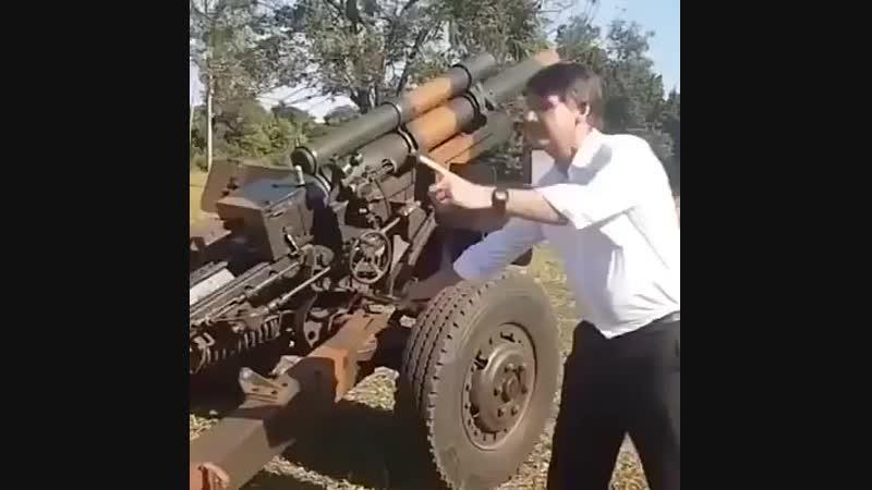 Bolsonaro dispara canhão contra a base do Partido dos Trabalhadores