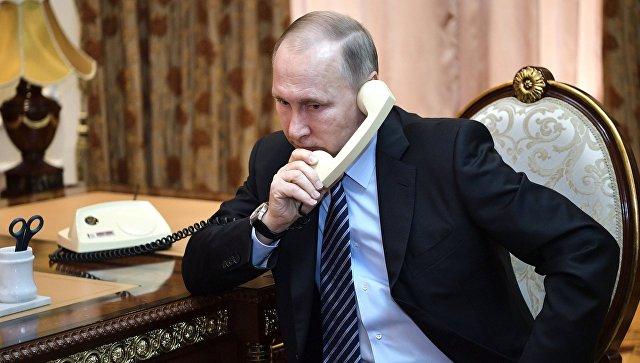 Путин провёл телефонный разговор с Макроном и Меркель