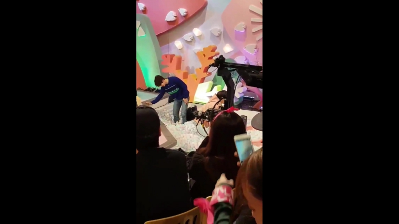 Dongwoo, Woohyun y Sungjong 'Hello Counselor' KBS