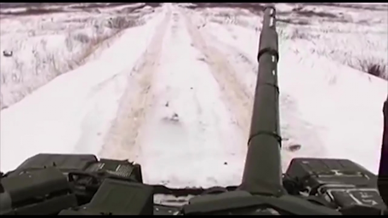 Убогий российский танк Т-90 Владимир и Путин