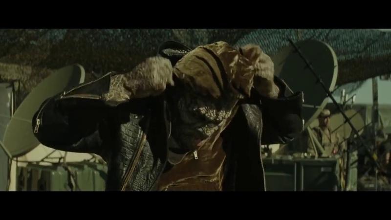 Отряд самоубийц Сцена с Харли Квинн переодевание